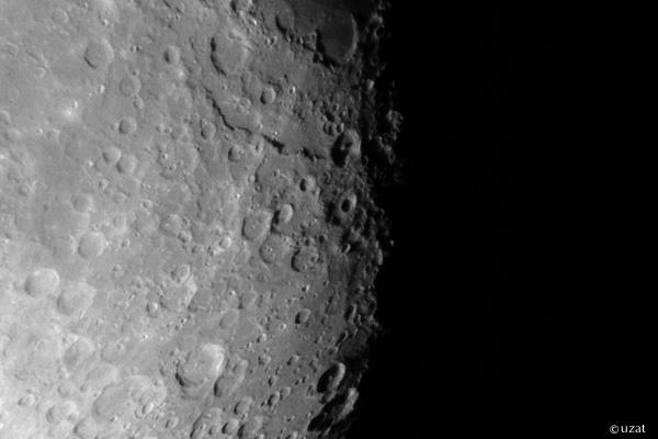 月クレーター